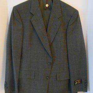 NWT Hart Schaffner Marx 2 piece suit 40R Grey